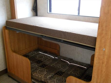 Etagenbett Wohnmobil : Etagenbett wohnmobil mit stockbetten zum schlafen ganz